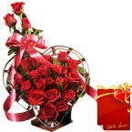 send Designer Red Roses Flower Bouquet with Card delivery