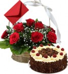 send Eggless Black Forest Cake n Roses Basket delivery