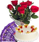 send Red Roses Bunch Eggless Pineapple Cake n Chocolate delivery