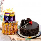 send half kg eggless choco chips cake with two layer chocolate arrangement delivery
