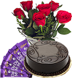 Half Kg Chocolate Truffle Cake with Red Roses Bunch n Chocolate