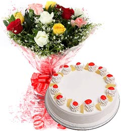 1Kg Pineapple Cake N Mix Roses Bouquet