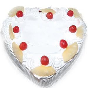 1Kg Heart Shape Pineapple Cake