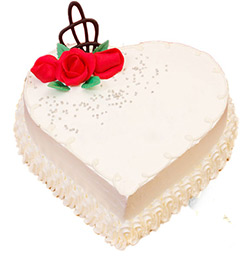 1Kg Eggless Heart Shape Vanilla Cake