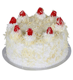 2Kg Eggless White Forest cake