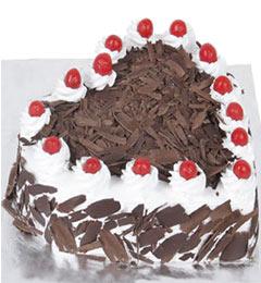 2Kg Heart Shape Black Forest Cake