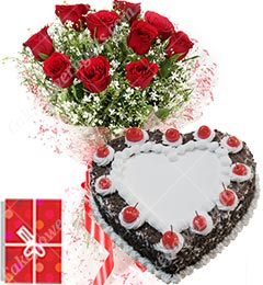 1Kg Black Forest Heart Shape Eggless Cake Roses Bouquet N Greeting Card