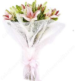 Lilies Bouquet-3
