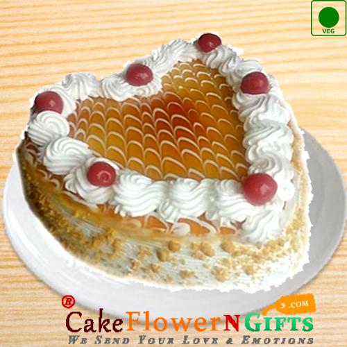 Half Kg Eggless Heart Shape Butterscotch Cake