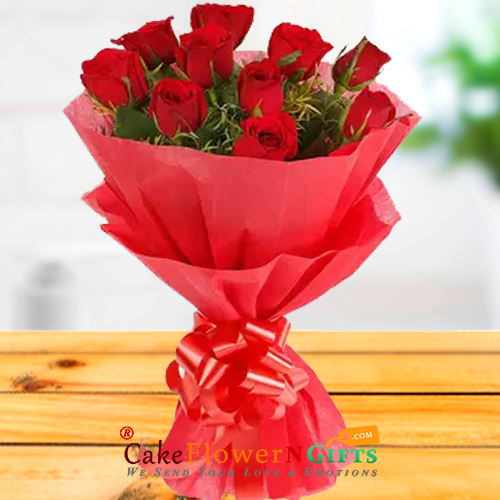 10 red roses paper packing bouquet