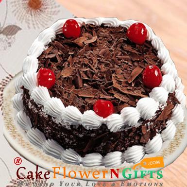half kg eggless black forest cake