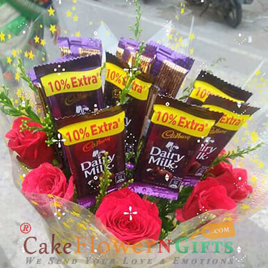 Roses n chocolate bouquet
