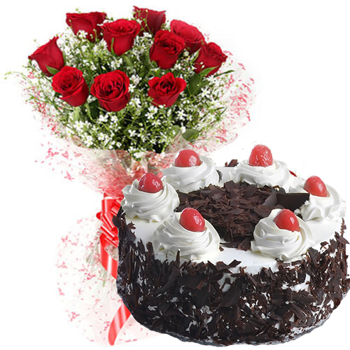 Red Roses Bunch and 500gms Black Forest Cake