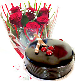 Chocolate Truffle Cake n Red Roses Bunch