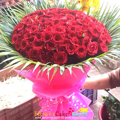 honeys love 60 red roses bouquet
